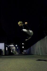 Fitness Agony Übungen mit dem eigenen Körpergewicht Jumps