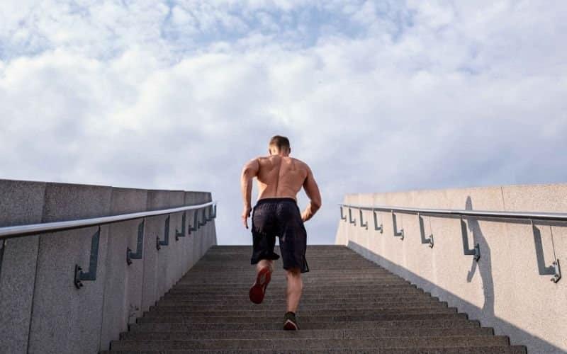 Nachbrenneffekt - Treppensprint