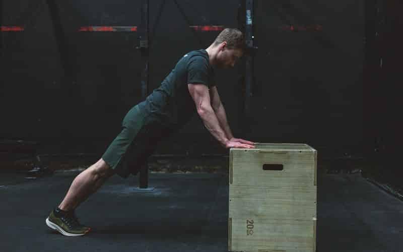 Bodyweight Training mit Equipment
